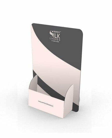 Stand Brochure Consumer Trattamenti Perfect Silk Lashes™