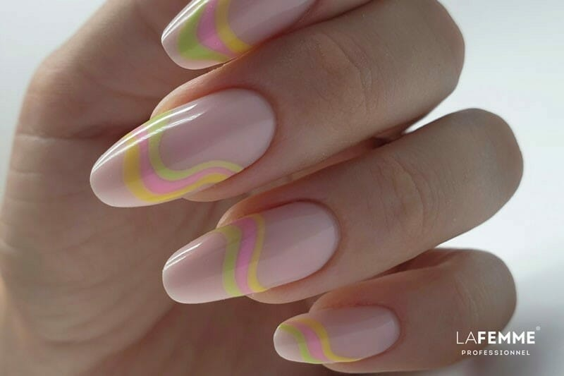 Abstract Nails - Nail Art Estate 2021 La Femme